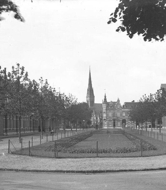 Parkstraat. 1930 breda