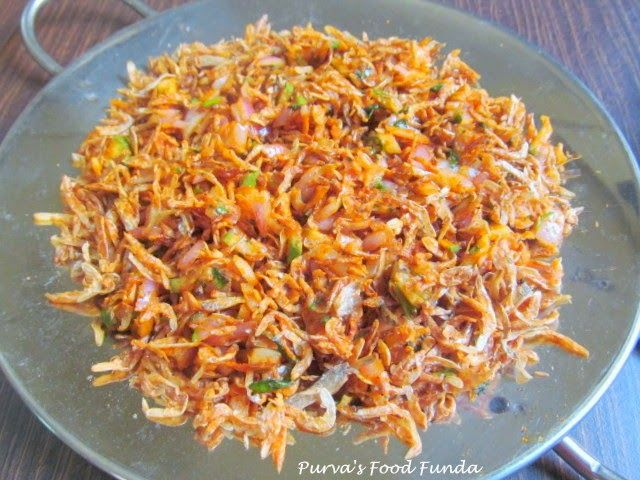 Food Funda Sukatichi Koshimbir Or Kismur Dried Tiny Prawns Salad Food Prawn Salad Fish Recipes