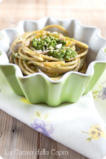 spaghetti con pesto spinaci