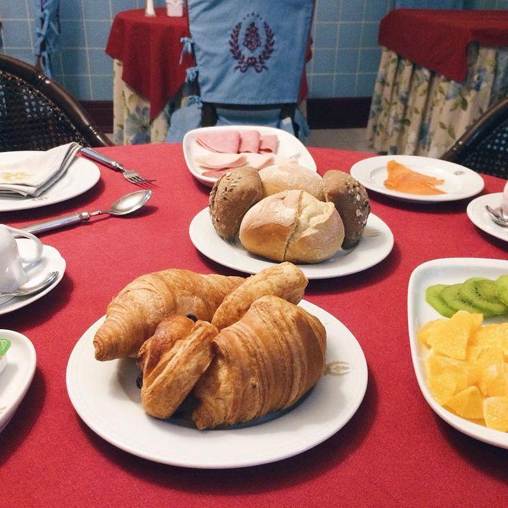 Good breakfast to recuperate 💪🏼 #merrychristmas #feliznatal #feliznavidad #stroganovhotel