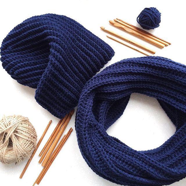 Мужской комплект связан в подароки именинник его уже получил #vscocam #vsco #handmade #crochet #крючок #крючком #шапка #шапкакрючком #хобби #вязание #вязаниекрючком #ручнаяработа #рукоделие #спб #снудкрючком #снуд #мужскаяшапка