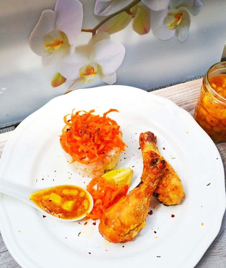 Cococnut-lime-chicken with mangochutney! perfect summer dish!