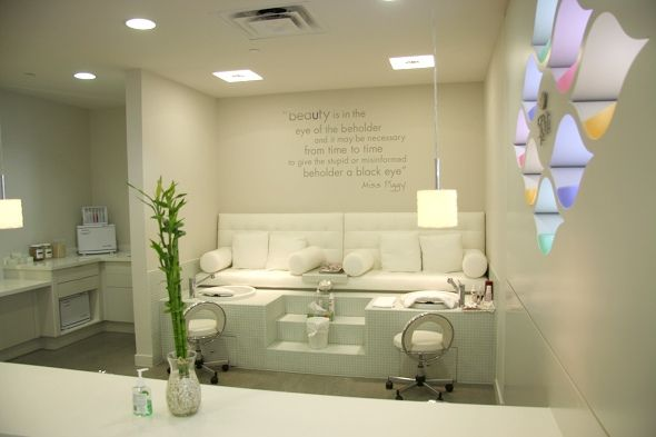 Pedicure Bars Students Get 20 Off Mondays And Tuesdays Dove Spa Has Monthly Sayings