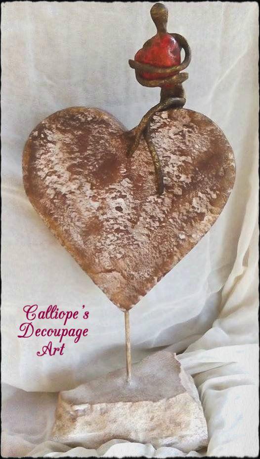 Χειροποίητο διακοσμητικό αγαλματίδιο σε καρδιά | Calliope's Decoupage Art