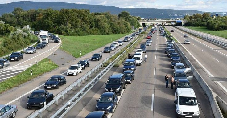 #A 656 bei Heidelberg: Vollsperrung nach Auffahrunfall (Update) - Rhein-Neckar Zeitung: Rhein-Neckar Zeitung A 656 bei Heidelberg:…