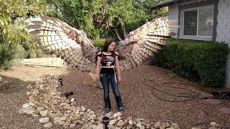 A Pair of Beautiful Human-Sized Pneumatic Articulating Feather Wings