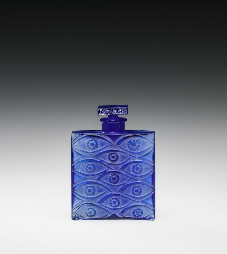 Canarina - 1, Les Yeux bleus (Blue eyes) by René #Lalique designed in 1928 | Corning Museum of Glass