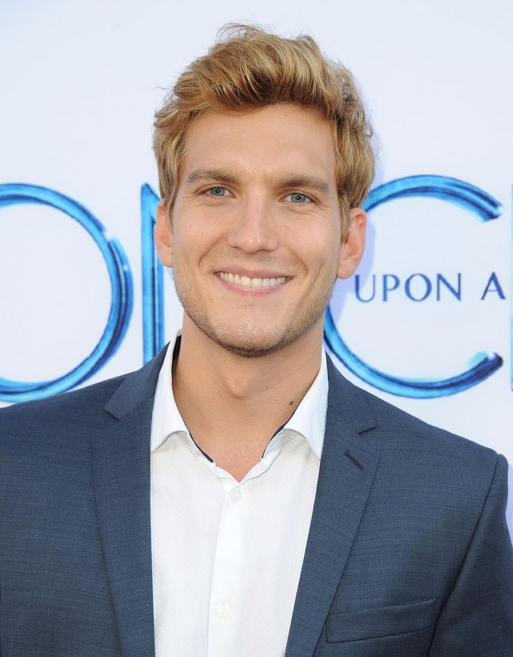 Scott Michael Foster attends the Screening of ABC's 'Once Upon A Time' Season 4 at the El Capitan Theatre on September 21, 2014 in Hollywood, California.