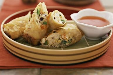 How to Make Crowd-Pleasing Vegetable Spring Rolls