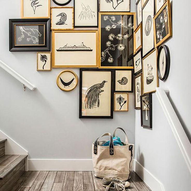 21 Staircase Decorating Ideas: Best 25+ Gallery Wall Staircase Ideas On Pinterest