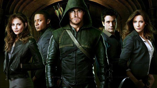 #Arrow: Serie del canale #CW racconta la vita di Freccia Verde, celebre supereroe della DC Comics, è già arrivata alla seconda stagione, raggiungendo un notevole successo