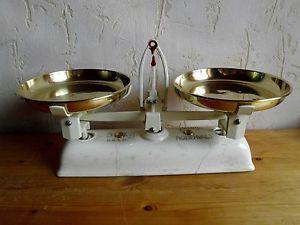 alte Balkenwaage KRUPS-ROBBERVAL DRGM Waage  antik Küchenwaage Landhausstiehl 11