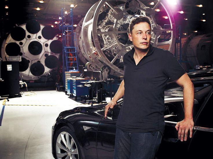Elon Reeve Musk 1971 június 28-án született a Dél-afrikai Köztársaságban, Pretóriában. Szülei elváltak és ő édesapjánál nevelkedett. Alapvetően introvertált személyisége miatt nem sok barátra tett szert.   #Musk #paypal #SpaceX #Tesla