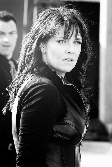 Helen Magnus, Played by Amanda Tapping. ( T.V. Sanctuary)