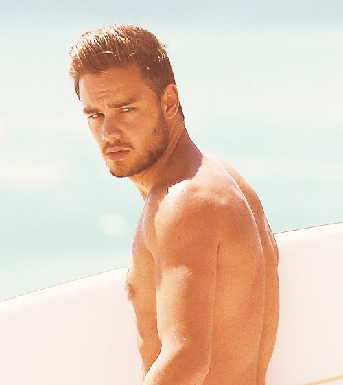 I scrolled right passed this because I thought it was just some hot model man. It literally took me a minute to realize that this is Liam. THIS IS LIAM. WHAT MAN WHAT MAN WHAT MIGHTY GOOD MAN.