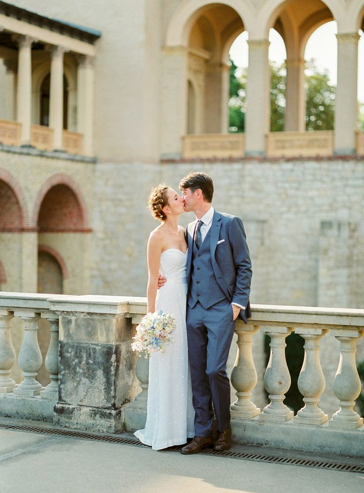Photography : Ashley Ludaescher Read More on SMP: http://www.stylemepretty.com/destination-weddings/2016/06/13/this-intimate-lakeside-wedding-defines-garden-romance/