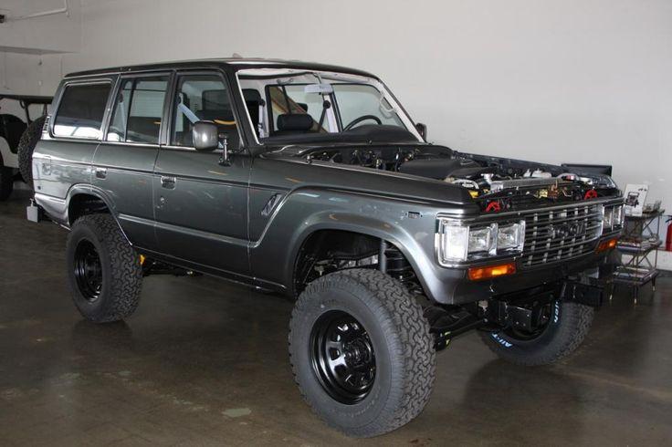 62,Asian,Exterior,Land Cruiser,SUV,Toyota,custom,front,silver