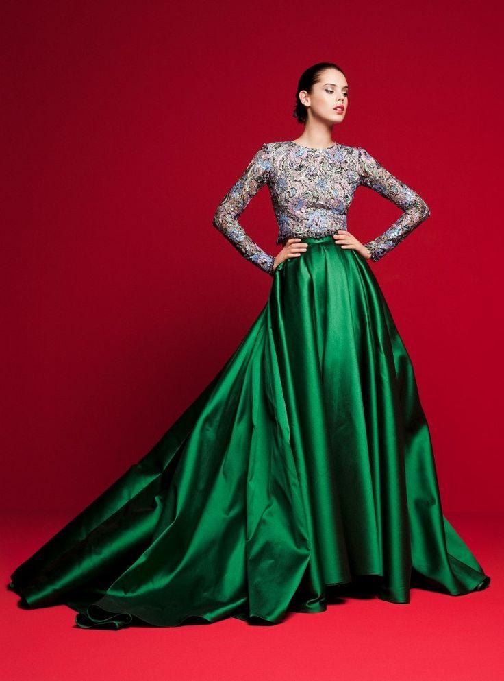 Színpompás ruhák minden alkalomra – Benes Anita az új kollekcióról mesél   Secret Stories