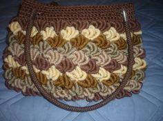 cartera de gusanos tejida con fibra sintética(cola de rata) cartera cola de rata,colita crochet