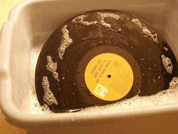 Best 25 Vinyl Record Crafts Ideas On Pinterest