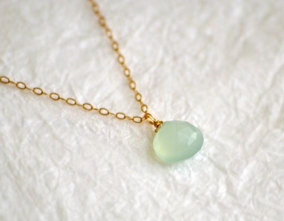 L.O.V.E.: Sea Foam, Than, Beautiful, L O' V E, Love It, Jewelery I Lov, Nice Colors, Stones, Small Gold Necklaces Sweet