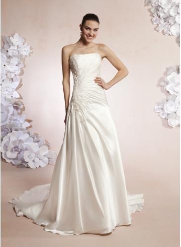 Délka dvorní Nadměrné velikosti Podzim Svatební šaty 2012