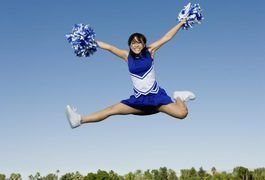 Although they make it look easy, cheerleaders have to be in great physical condition to safely do all the tumbling, dancing, jumping and cheering that their job requires. Whether you desire to become a cheerleader or just look like one, a two-week, gradually progressive workout plan can start you off on the right foot. Your workout should include...