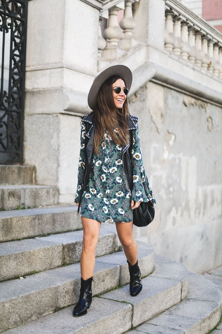 New in: Tunic Dress. Green floral tunik dress+black midi boots+black leather vest+black shoulder bag+grey hat+sunglasses. Fall Outfit 2016