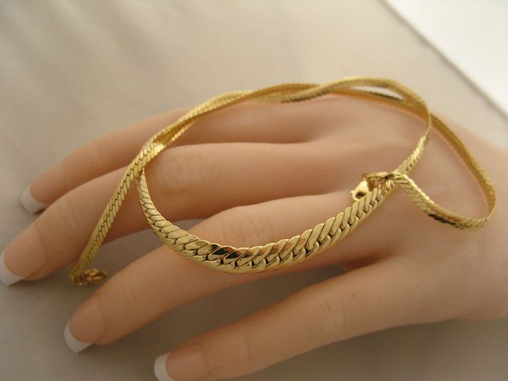 """Vintage 14k Yellow Gold Herringbone Chain Necklace 16"""" L- 7mm W at Center #Chain"""