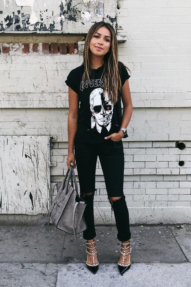 Julie Sarinana wearing  Sincerely Jules Wanderer Skinny Jeans, Céline Croc Embossed Phantom Tote Bag, Valentino Rockstud Caged Patent Leather Pumps, Stylestalker Karl Lagerfeld Distressed Tee