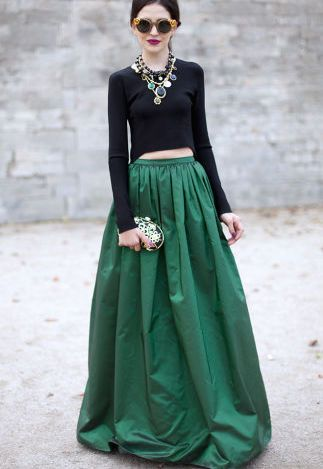 5 style pairings that always go well together: emerald green and black.