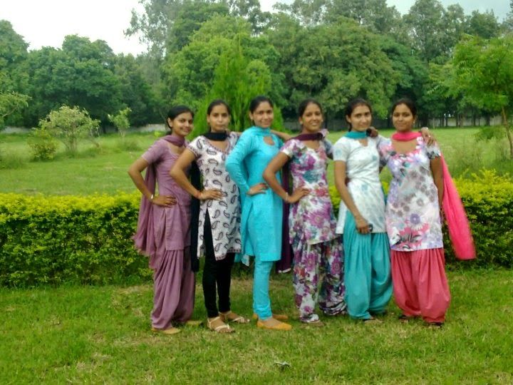 unknown hot girls from punjab
