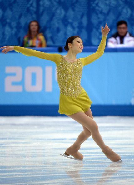 "Yuna Kim performs her short program to ""Send in the Clowns"" at Sochi 2014"