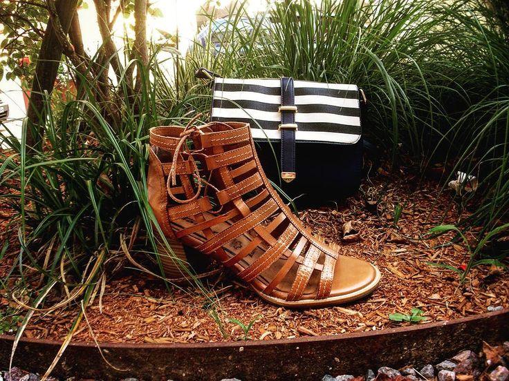 #shoesaddict #shoes #shoes👠 #shoeslover #shoestoday #tamaris #tamarisshoes #original #stage #photo #rivegauche #instashoes #sac #instagram #instahappy #tsakalian #tsakalianshoes #piraeus #athens
