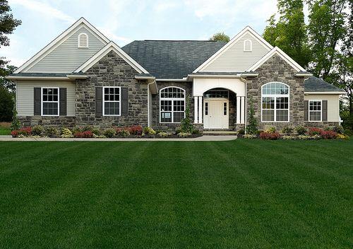 1000 images about c u r b a p p e a l on pinterest for Custom ranch style homes
