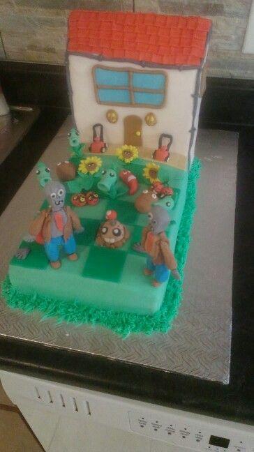 Plant vs zombies cake