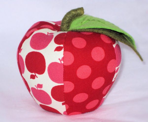ApplePincushion2