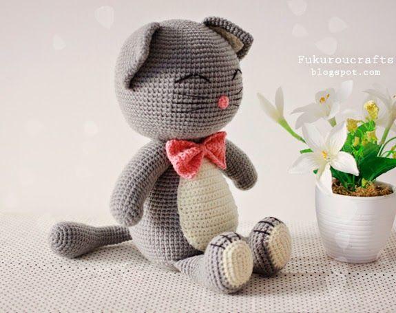 Amigurumi Cat Doll : 110 best gatitos cats images on pinterest crochet toys amigurumi