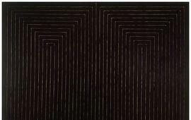 Frank Stella, a partir de 1958, con sus black paintings se convierte en uno de los máximos representantes de la llamada nueva abstracción, antecedente directo del minimalismo. Fue uno de los creadores y promotores del hard edge («pintura de borde duro»), y del desarrollo de los shaped canvas. Sus cuadros-objetos y sus pinturas-relieve han ocupado un papel fundamental en el desarrollo de la neovanguardia norteamericana e internacional. El artista vive y trabaja en la Manhattan.