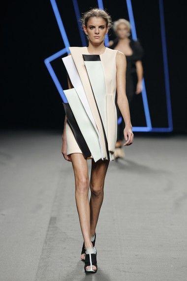 Madrid Fashion Week: Amaya Arzuaga Primavera-Verano 2016 | TELVA