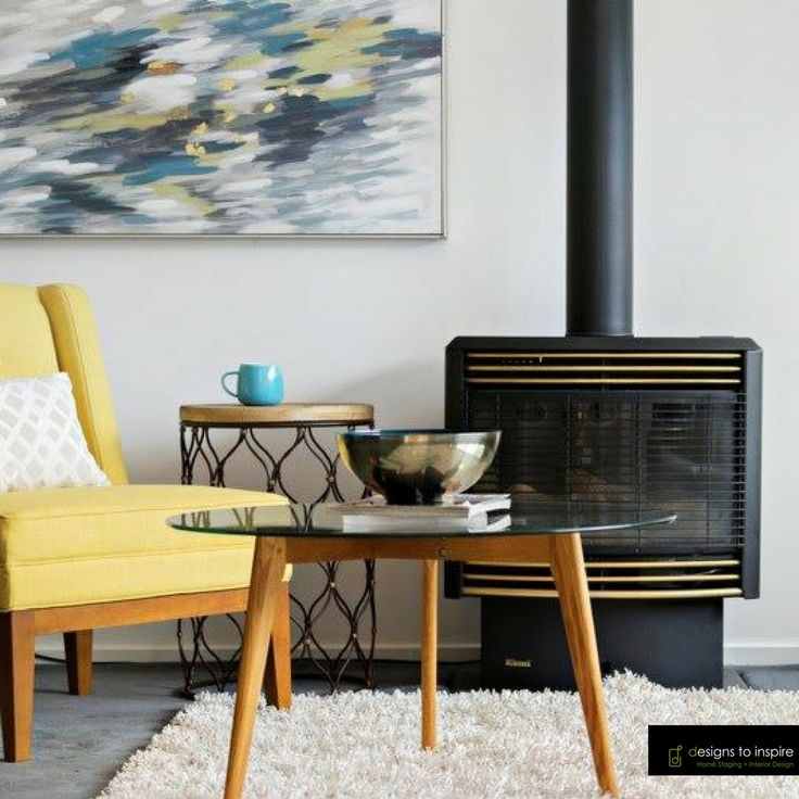 Warming up a corner with furniture, decor and art #designstoinspire #homestyling