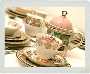 Google Image Result for http://fancyvintagechina.co.uk/images/teaset_1.jpg