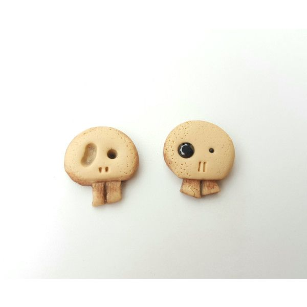 Stud earrings skull fashion spooky polymer clay geekery geek jewelry... (29 PLN) ❤ liked on Polyvore featuring jewelry and earrings