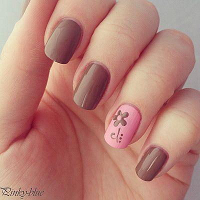 Sweet flower nail art - pink & brown nails