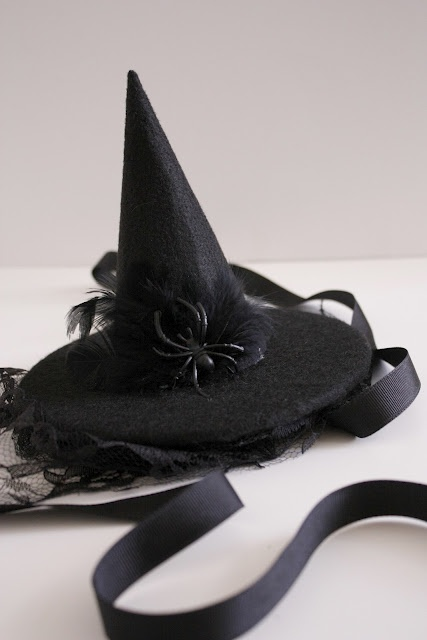 """DIY Witch """"hat-lette"""", this turned out really cute. i couldn't find the stiff felt, so i used regular and it still turned out good."""