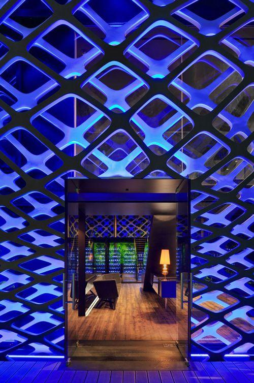 TORI TORI – MÉXICO. Awesome restaurant interior design. Click to go inside.