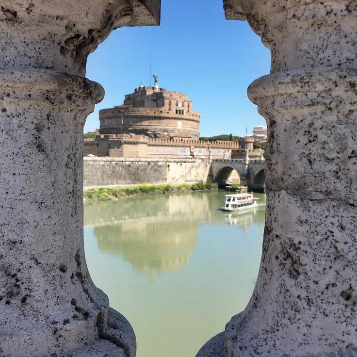 In Rom finden sich an jeder Ecke spannende Motive. Von der Engelsburg hat man besonders abends tolle Ausblicke. Städtereise,  City Trip, Kurzurlaub  in Bella Italia