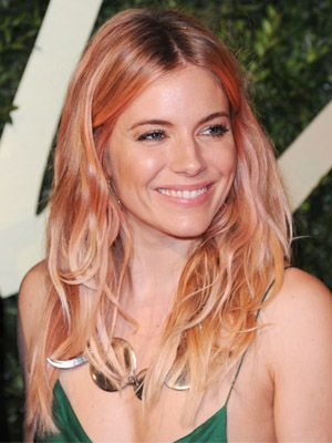 Today's Alluring Links: Daily Beauty Reporter :  Long live pastel hair! Sienna Miller goes salmon pink at the British Fashion Awards, outrage over female soldiers wearing makeup, and a new perspective on chapped lips in today's Alluring Links....