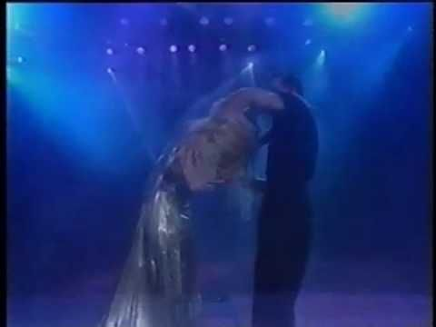 Patrick Swayze & Wife Dancing At World Music Awards 1994 ~ this video is not the best of quality, but still...what a beautiful moment in time this must have been for this couple ~