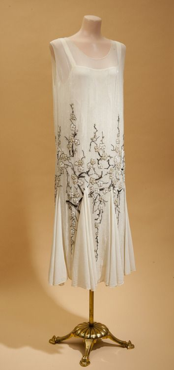 1926-29 chiffon dinner dress with cherry blossom beading